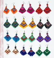 Earrings with peruvian poncho