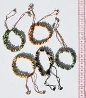 pulseiras de sementes