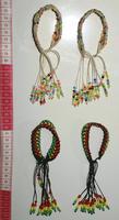 編まれた真珠のブレスレット
