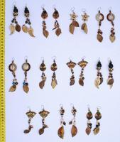Pendientes étnicos de semillas