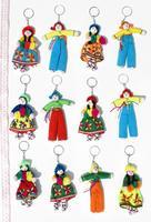 Llaveros de muñecas peruanas